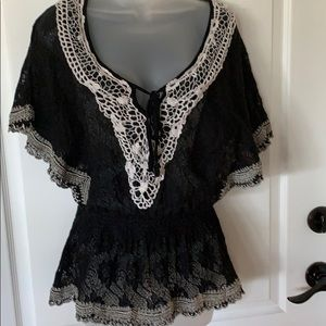 EUC Flying Tomato lace top